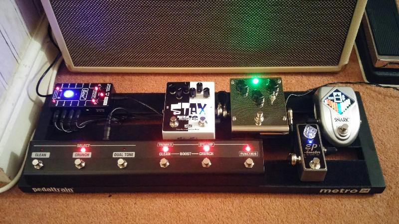 pedaltrain metro 24 pedal board w hard case andertons music co. Black Bedroom Furniture Sets. Home Design Ideas